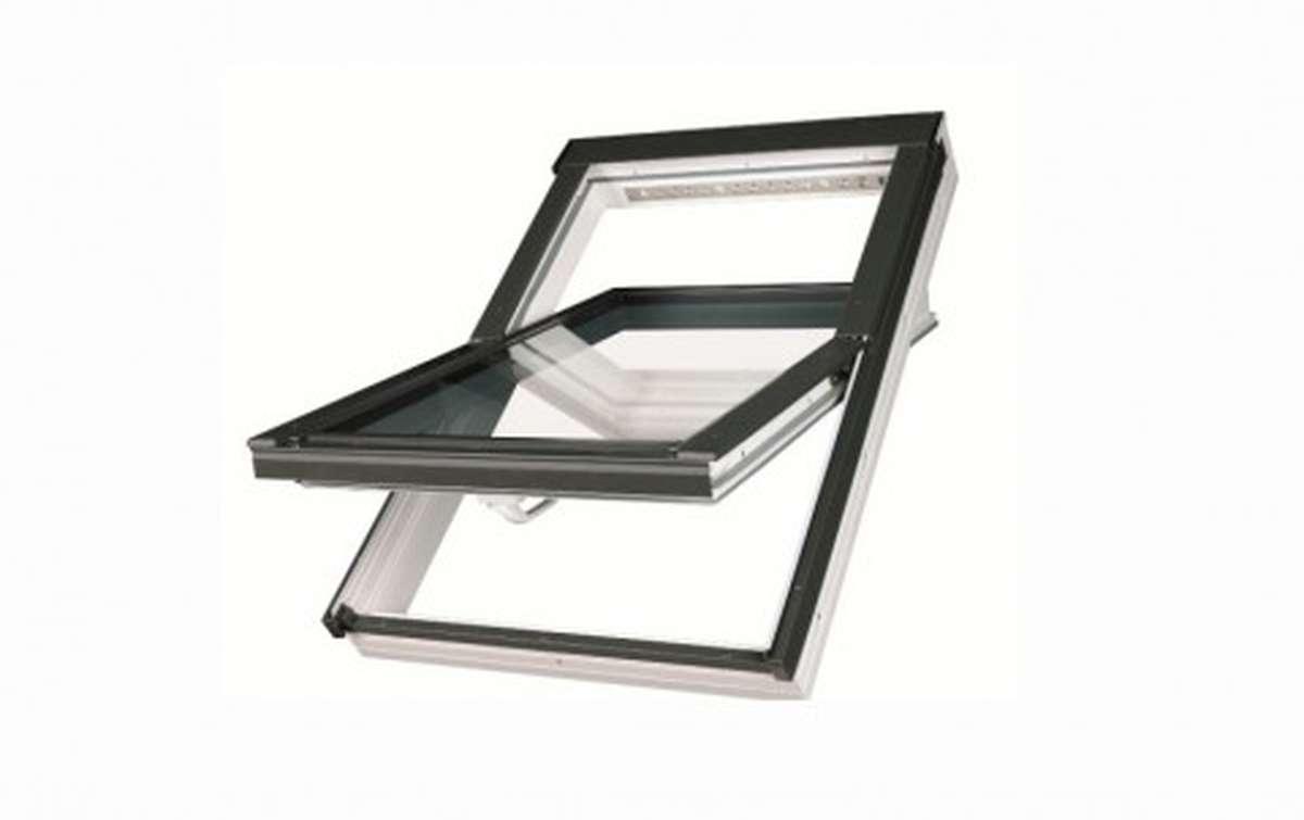 Мансардное окно FAKRO PTP-V U3 из ПВХ 66x98 с вентклапаном