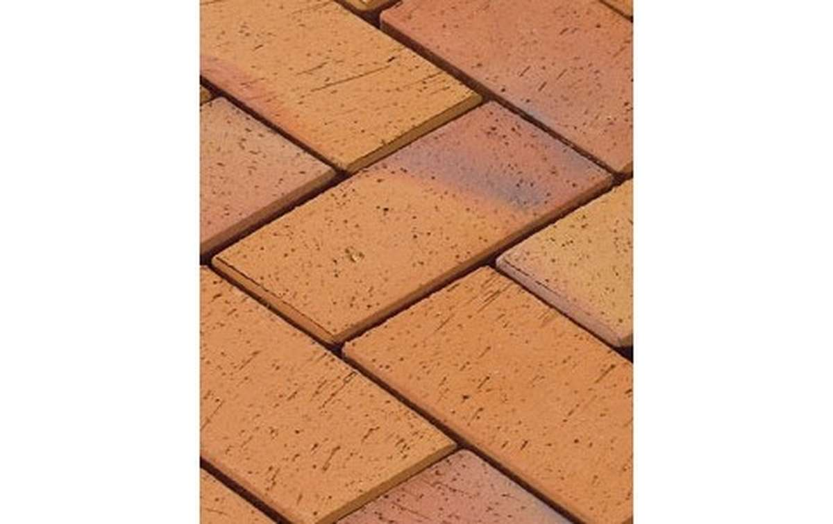 тротуарная плитка vandersanden/сrh radeberg 200x100x45 ,цвет красно-коричневый